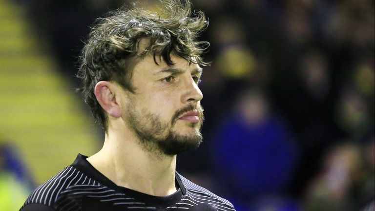 Toronto's Jon Wilkin is set to face former club St Helens after postponing knee surgery