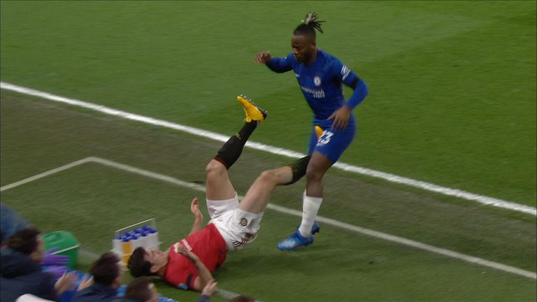 Maguire kick on Batshuayi