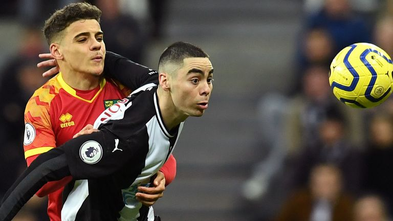 Miguel Almiron holds off Max Aarons