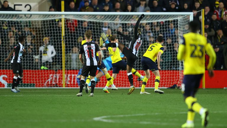 Allan Saint-Maximin fires home the winner for Newcastle against Oxford