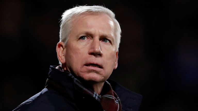 Alan Pardew Confronted By Ado Den Haag Fans Amid Poor Form Football News Sky Sports