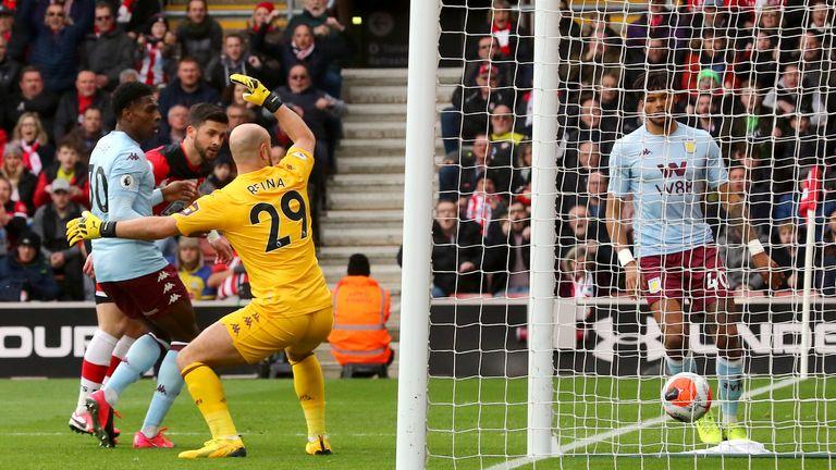 Shane Long puts Southampton 1-0 up against Aston Villa