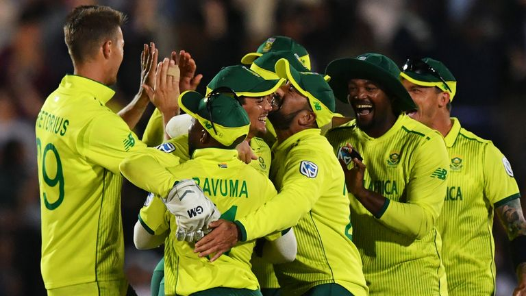 South Africa celebrate T20I win over England at East London