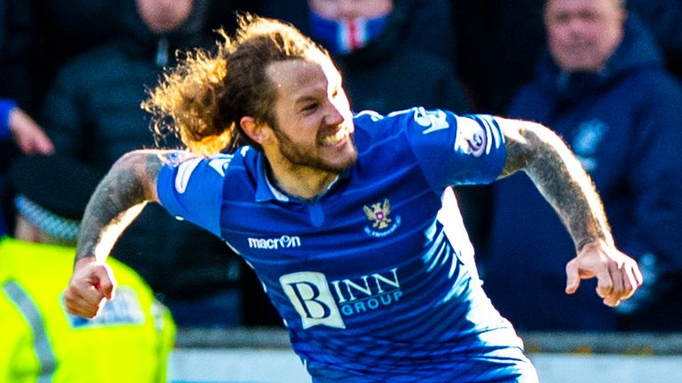 PERTH, SCOTLAND - FEBRUARY 23: Stevie May celebrates after scoring to make it 2-2 during the Ladbrokes Premiership Match Between St Johnstone and Rangers at McDiarmid Park on February 23, 2020 in Perth, Scotland. (Photo by Alan Harvey / SNS Group)
