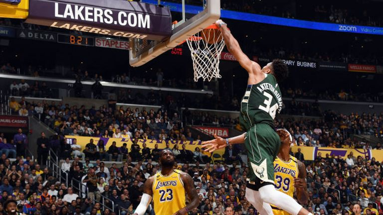 Giannis Antetokounmpo of the Milwaukee Bucks dunks the ball during the game against the Los Angeles Lakers