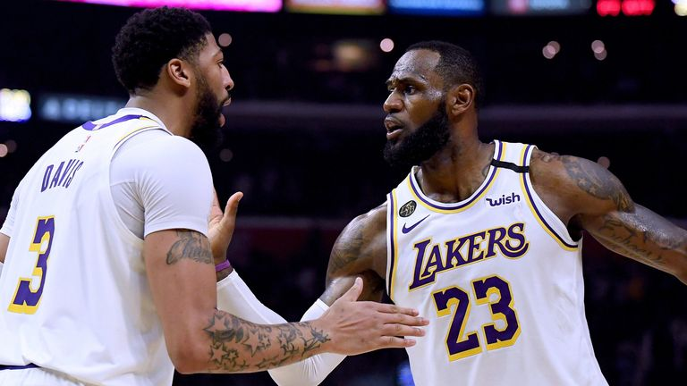 Anthony Davis and LeBron James celebrate a play during the Lakers' win over the Clippers