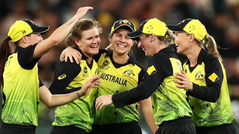 Australia's players celebrate their T20 World Cup win