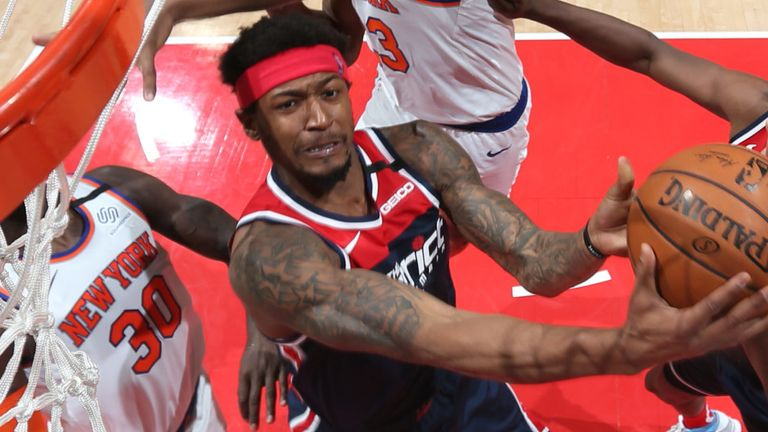 Bradley Beal attacks the basket against the New York Knicks