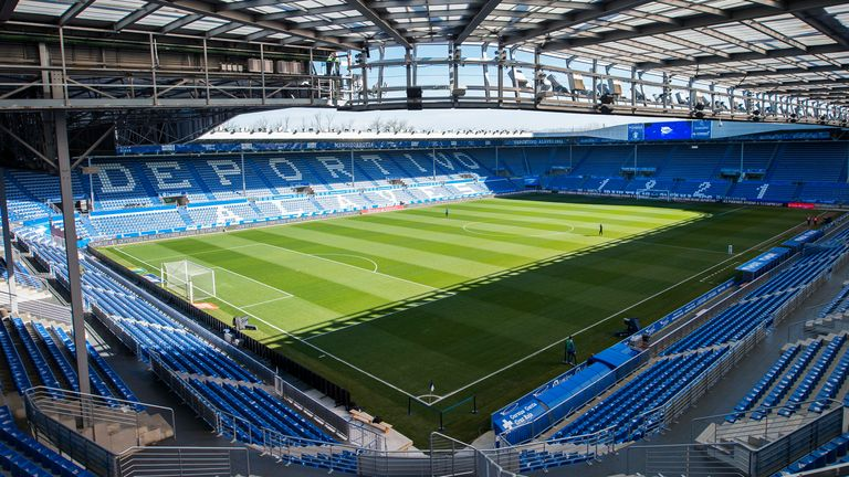 Alaves have confirmed 15 members of the club's staff  - including three first-team players - have tested positive for coronavirus.