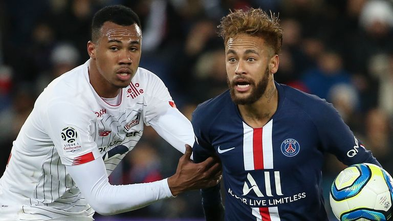 Everton are interested in Lille defender Gabriel Magalhaes