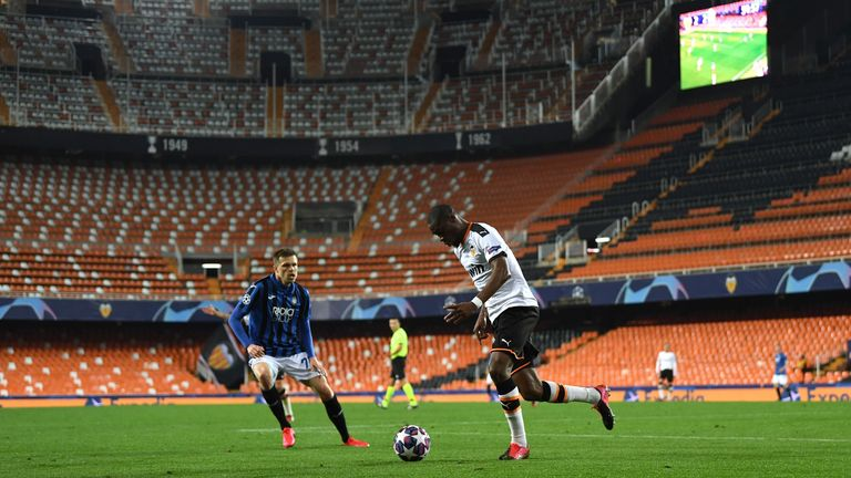 Geoffrey Kondogbia recently played in the behind-closed-doors game against Atalanta due to the outbreak of coronavirus.