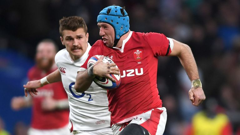 Justin Tipuric returns at openside flanker against Ireland