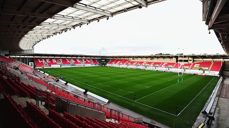 Parc y Scarlets will provide 500 extra NHS beds when work is complete