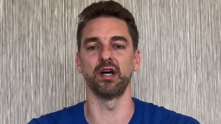 Pau Gasol posts a message praises the work of medical personnel during the coronavirus crisis