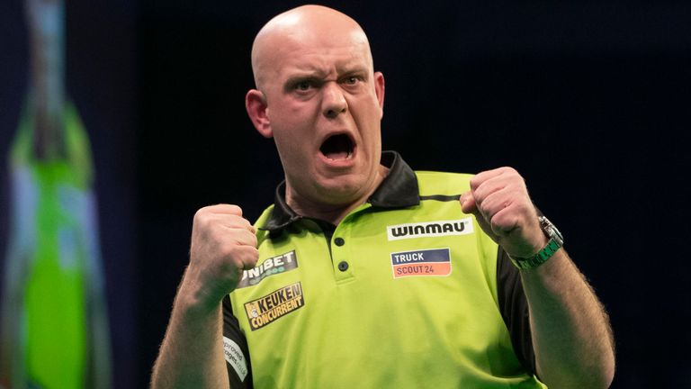 UNIBET PREMIER LEAGUE 2020.M&S BANK ARENA,.LIVERPOOL,.PIC;LAWRENCE LUSTIG.MICHAEL VAN GERWEN V GERWYN PRICE MICHAEL VAN GERWEN IN ACTION