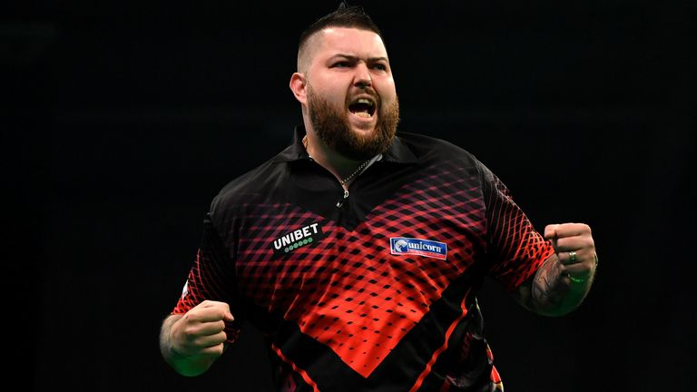 The best of the action from Week Five of the Premier League in Exeter, where Luke Humphries claimed the first challenger win