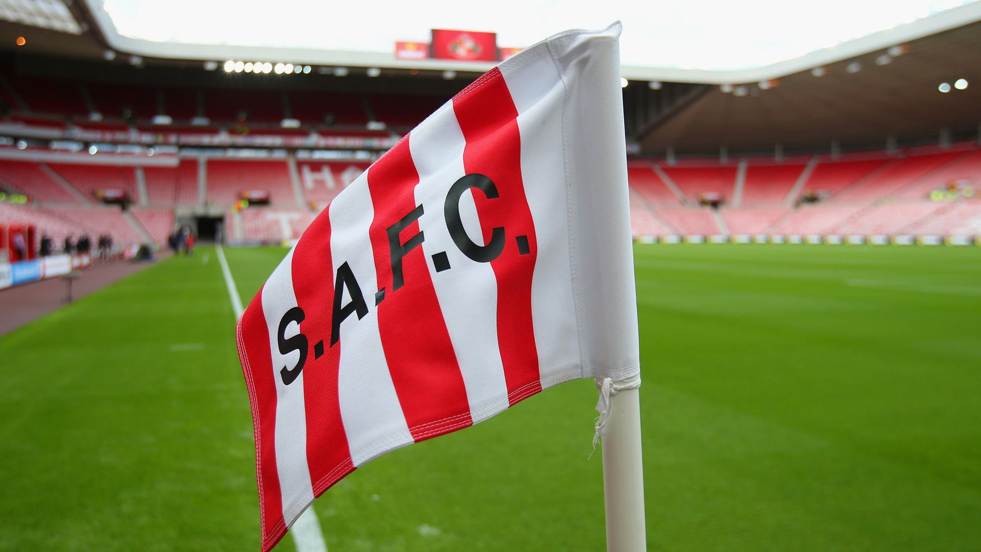 Sunderland: End L1 on pitch, not in court