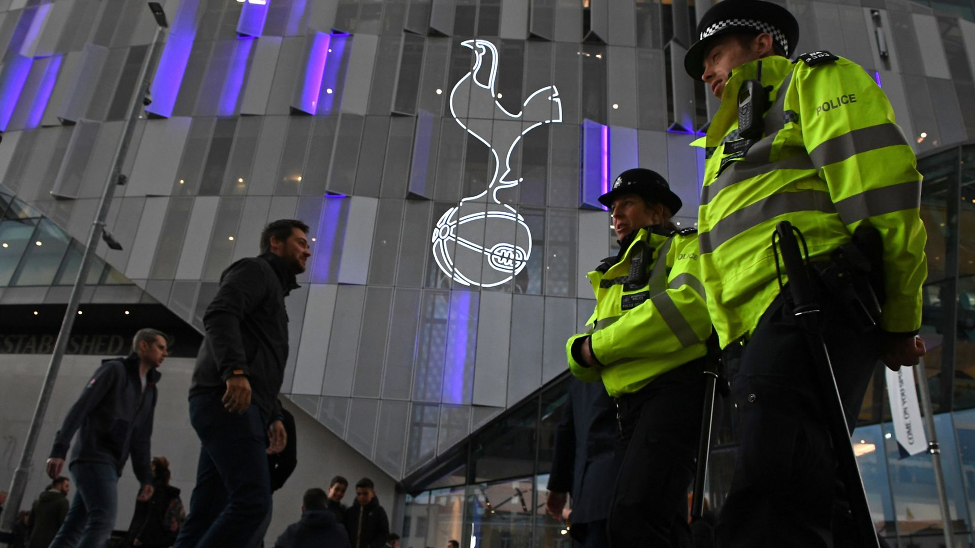 PL clubs hope police support will scrap neutral venues
