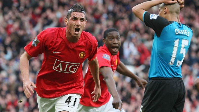 MANCHESTER, ENGLAND - APRIL 5: Federico Macheda of Manchester United celebrates scoring their third goal during the Barclays Premier League match between Manchester United and Aston Villa at Old Trafford on April 5 2009, in Manchester, England. (Photo by Matthew Peters/Manchester United via Getty Images) *** Local Caption *** Federico Macheda