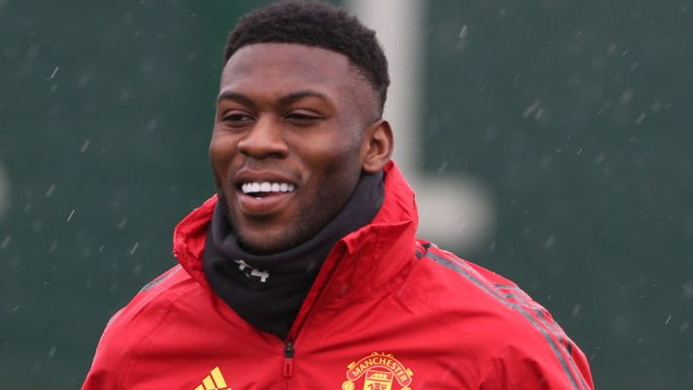 Man Utd trigger one-year extension to Fosu-Mensah contract