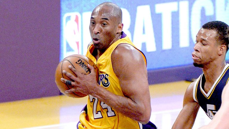 Kobe Bryant in action during his 60-point performance in his final NBA game on April 13, 2016