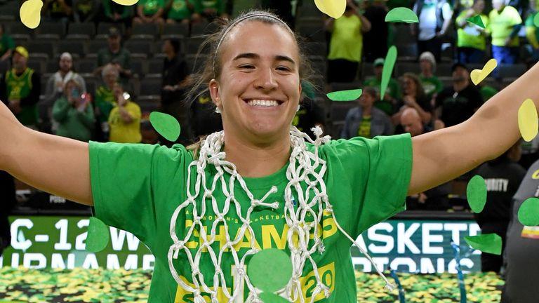 Sabrina Ionescu celebrates an Oregon Ducks win