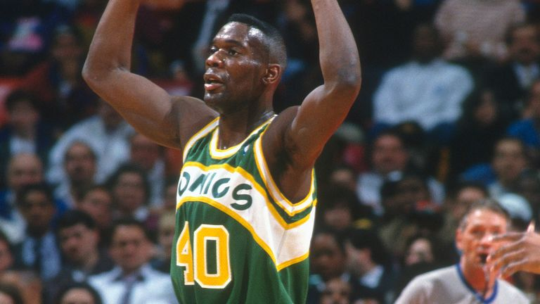 Shawn Kemp in action for the Seattle Supersonics