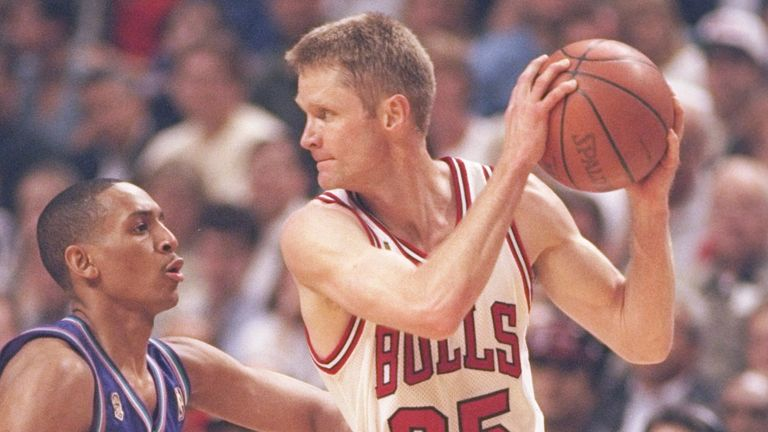 Steve Kerr protects the ball against the Utah Jazz in the 1997 NBA Finals