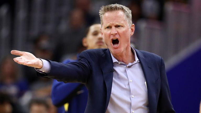 Steve Kerr questions a call during a Golden State Warriors game