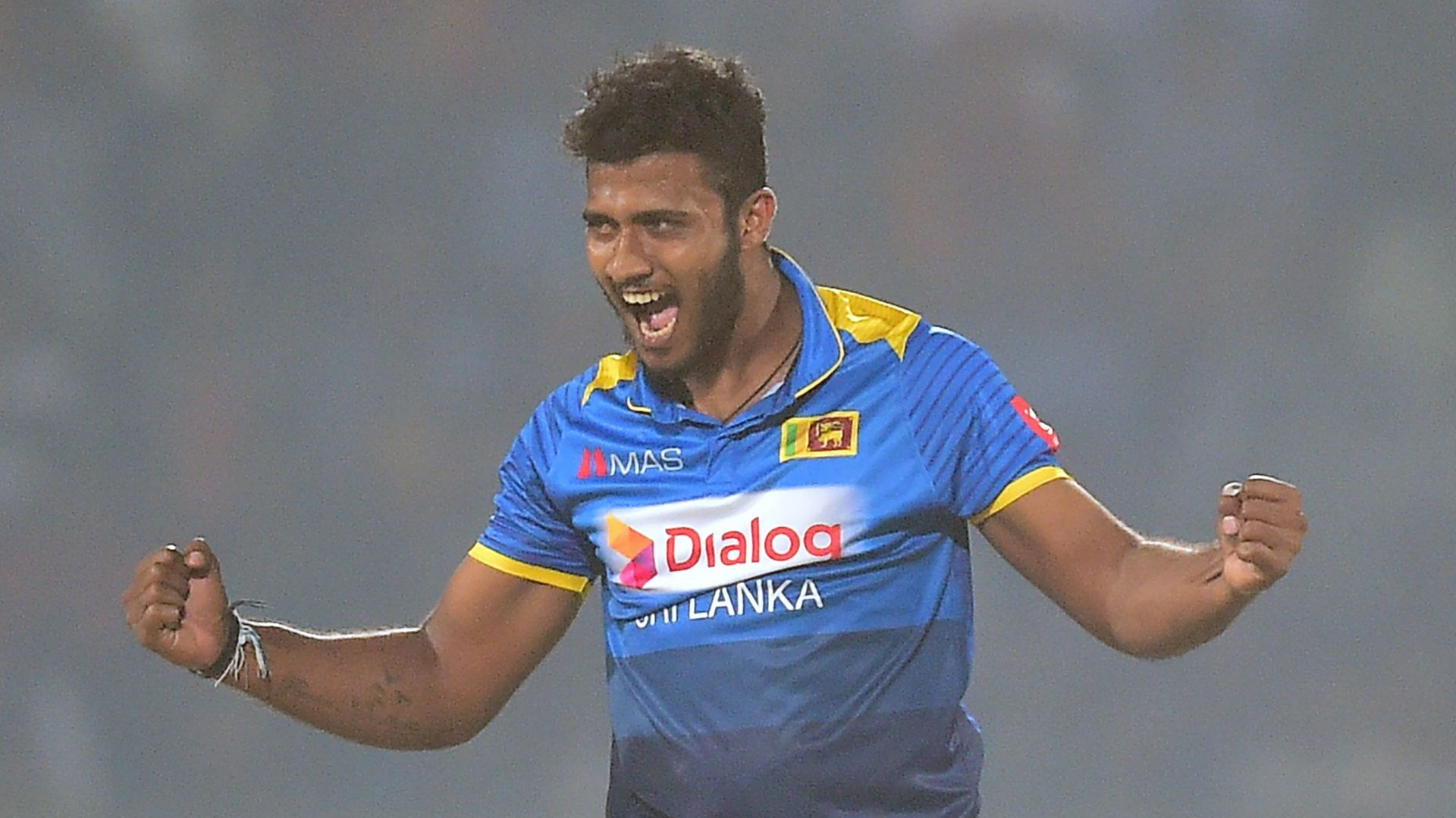 Sri Lanka suspend fast bowler after heroin arrest