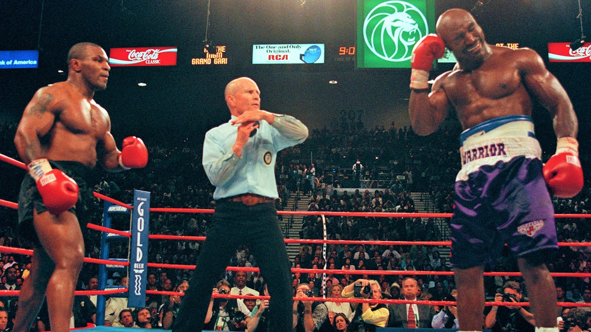 Mike Tyson Believes He Became The World S Most Hated Man After Biting Evander Holyfield Boxing News Sky Sports