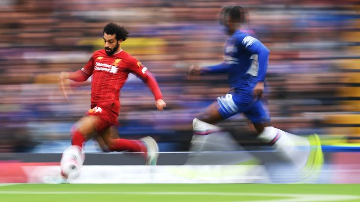 LONDON, ENGLAND - SEPTEMBER 22: Mohamed Salah of Liverpool runs with the ball during the Premier League match between Chelsea FC and Liverpool FC at Stamford Bridge on September 22, 2019 in London, United Kingdom. (Photo by Laurence Griffiths/Getty Images)