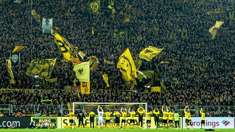 Borussia Dortmund Vs Bayern Munich Does Home Advantage Still Exist Without The Fans Football News Sky Sports
