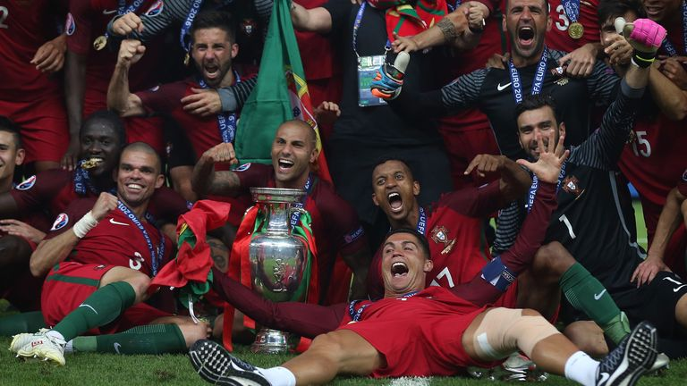 Portugal players celebrate after winning Euro 2016