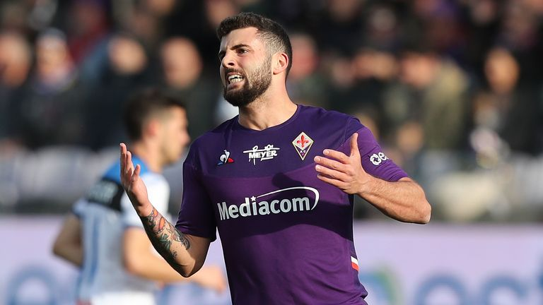 FLORENCE, ITALY - FEBRUARY 08: Patrick Cutrone of ACF Fiorentina reacts during the Serie A match between ACF Fiorentina and Atalanta BC at Stadio Artemio Franchi on February 8, 2020 in Florence, Italy. (Photo by Gabriele Maltinti/Getty Images)