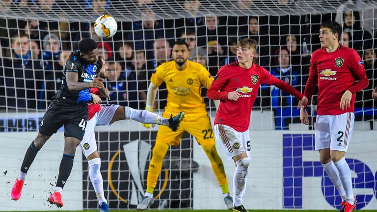 (L-R) Emmanuel Bonaventure Dennis of Club Brugge, Juan Mata of Manchester United, goalkeeper Sergio Romero of Manchester United, Brandon Williams of Manchester United, Victor Lindelof of Manchester United during the UEFA Europa League round of 32 first leg match between Club Brugge KV and Manchester United FC at Jan Breydel stadium on February 20, 2020 in Bruges, Belgium(Photo by ANP Sport via Getty Images)