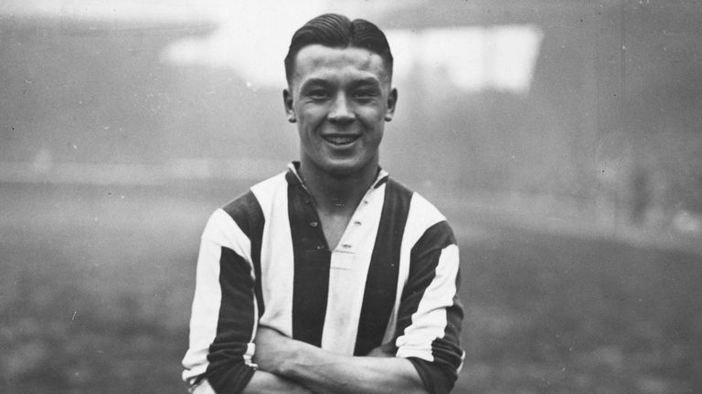2nd February 1936: Luton Town Football Club's half back, Frank Soo.