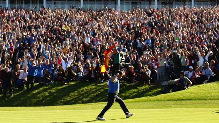 NEWPORT, WALES - OCTOBER 04: in the singles matches during the 2010 Ryder Cup at the Celtic Manor Resort on October 4, 2010 in Newport, Wales. (Photo by Richard Heathcote/Getty Images)