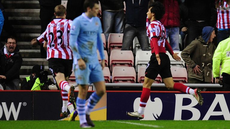 Ji Dong-Won celebrates his famous late winner at the Stadium of Light