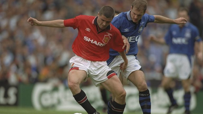 Roy Keane is challenged by Joe Parkinson during Everton's 1-0 win