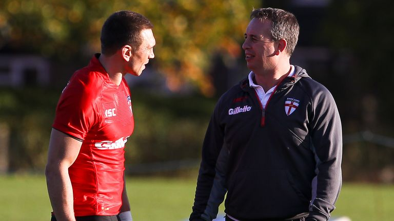 Kevin Sinfield and Steve McNamara at an England training session