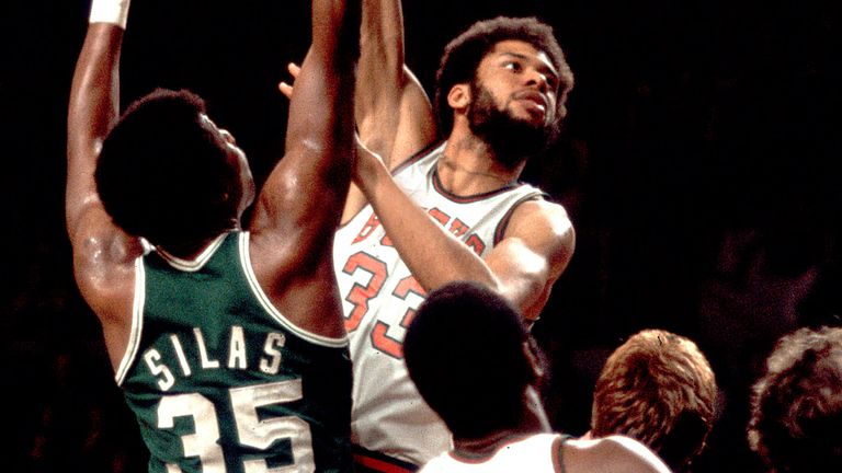 Lew Alcindor, later to be known as Kareem Abdul-Jabbar, in action for the Milwaukee Bucks in 1970