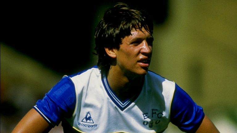 Aug 1985: Gary Lineker of Everton during the FA Charity Shield match against Manchester United at Wembley in London. Everton won 2-0. \ Mandatory Credit: Allsport UK /Allsport