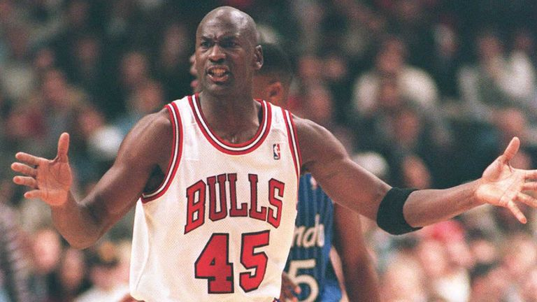 Michael Jordan in action for the Chicago Bulls after returning to the NBA in March 1995