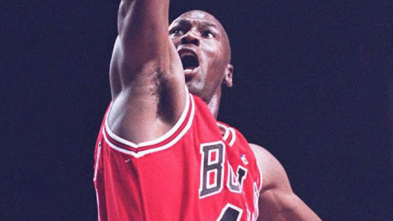 Michael Jordan rises to score in his comeback game against the Indiana Pacers on March 19, 1995