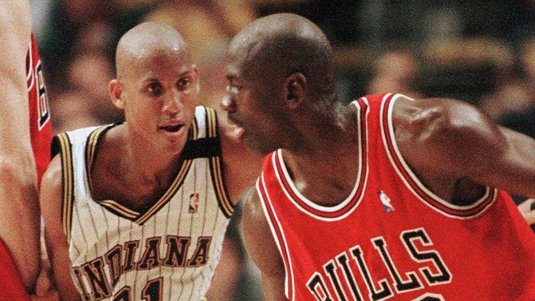 Reggie Miller guards Michael Jordan in the 1998 Eastern Conference Finals