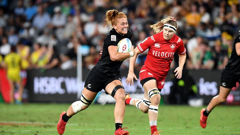 Niall Williams of New Zealand breaks away from the defence in Sydney