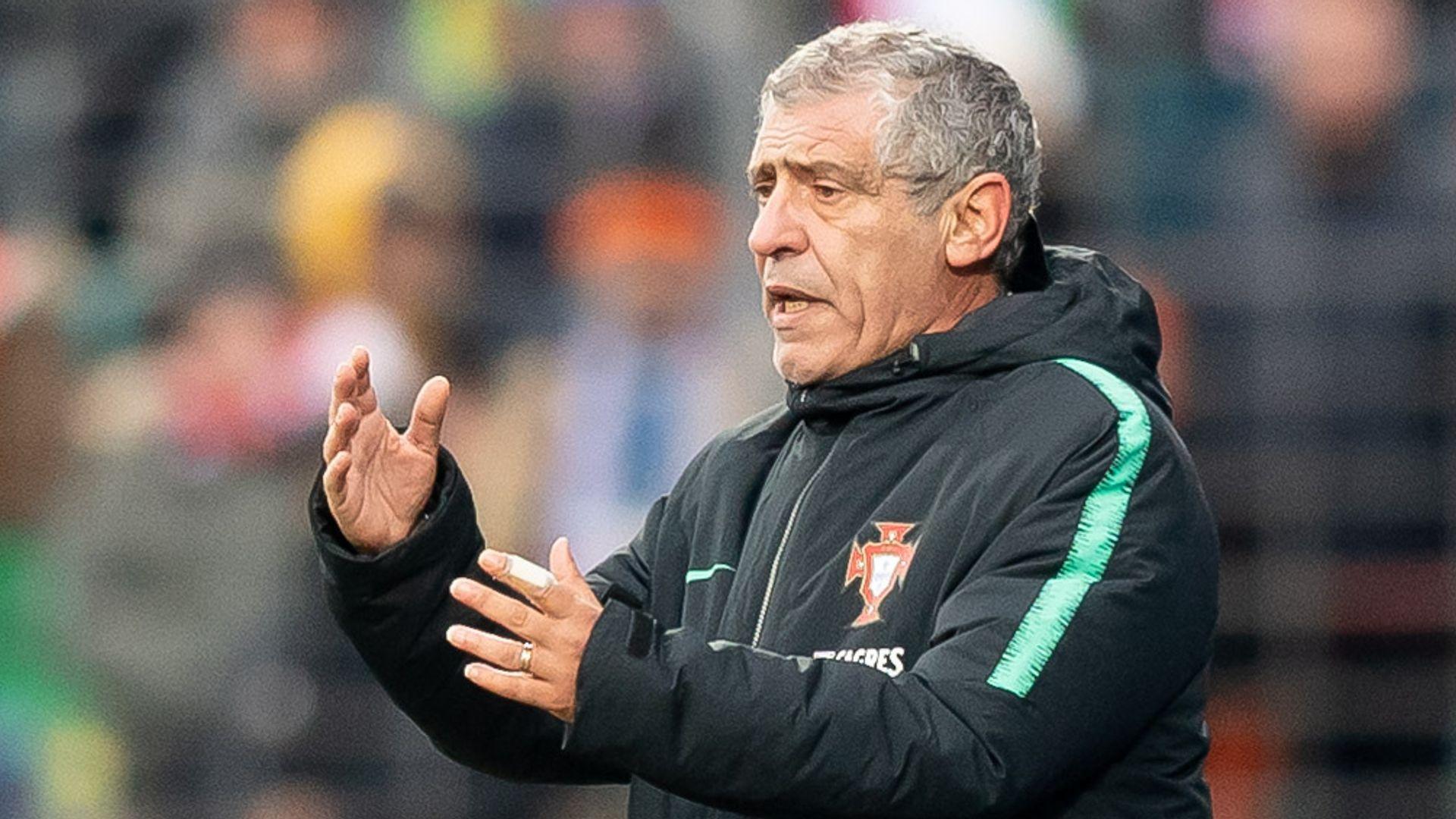 Portugal extend Santos deal until Euro 2024