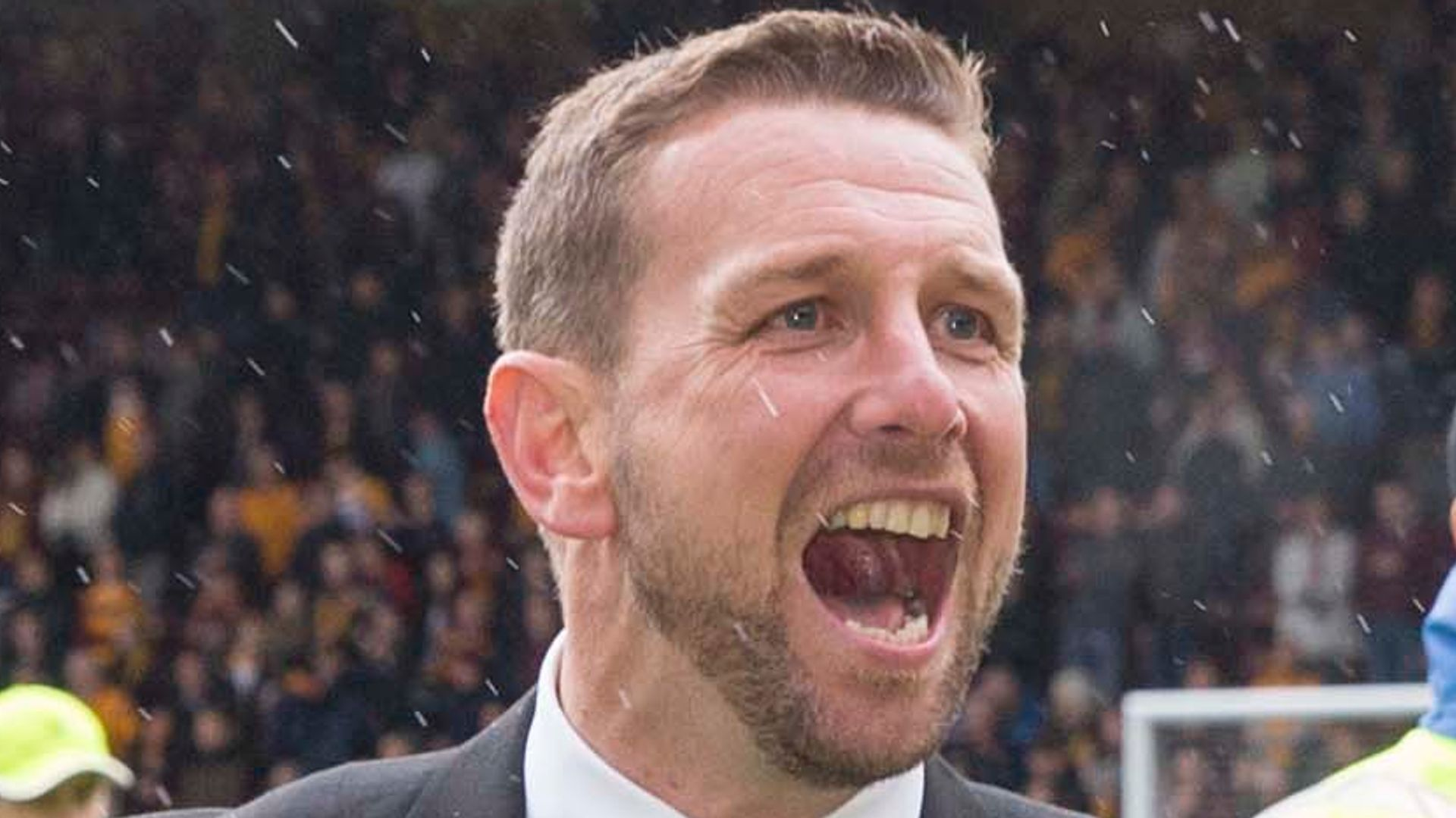 Who is new NI manager Ian Baraclough?