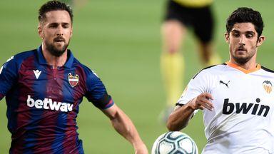fifa live scores - Levante rescue dramatic point in Valencia derby - La Liga round-up